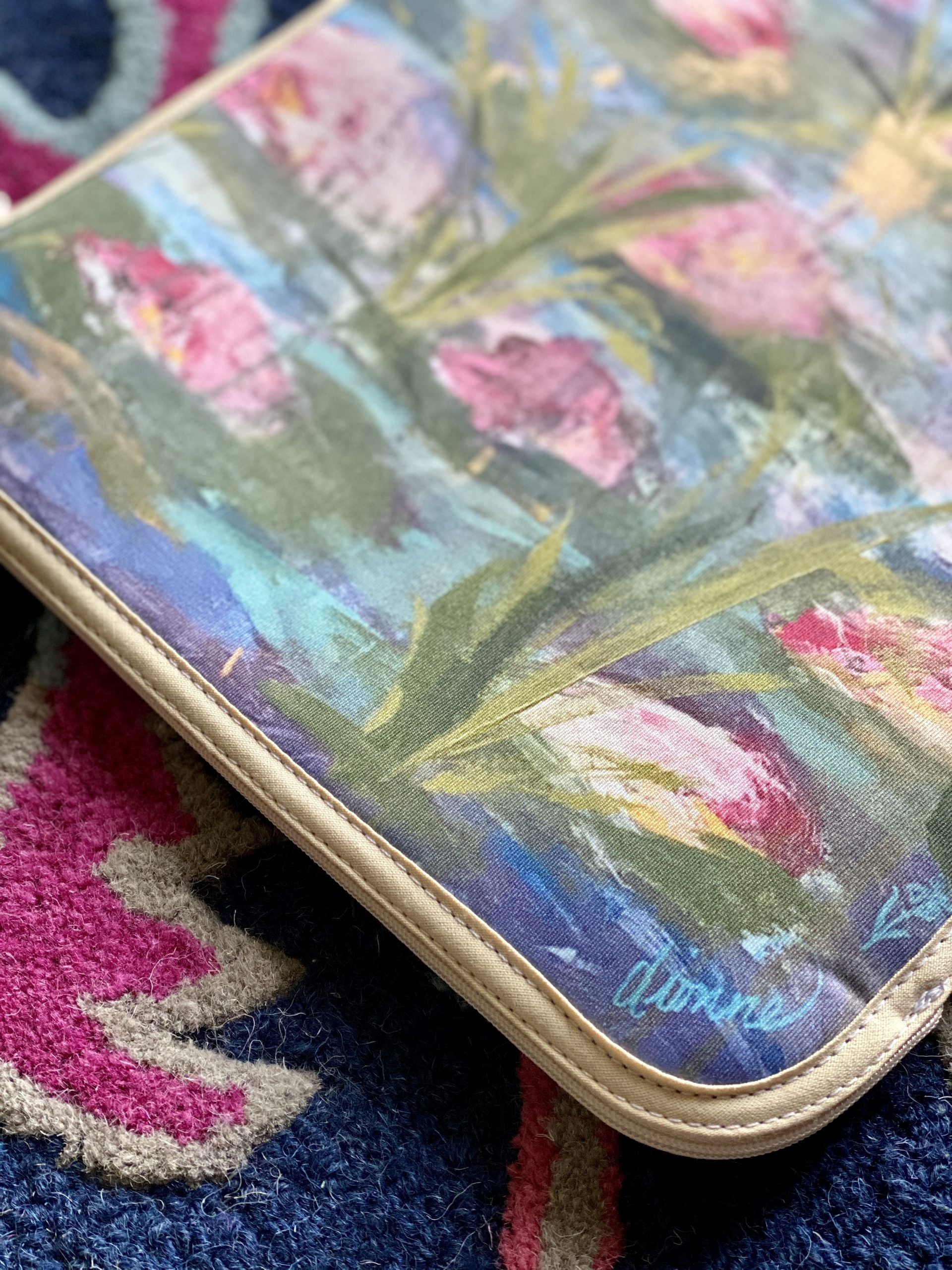 Lily MacBook Cover 2